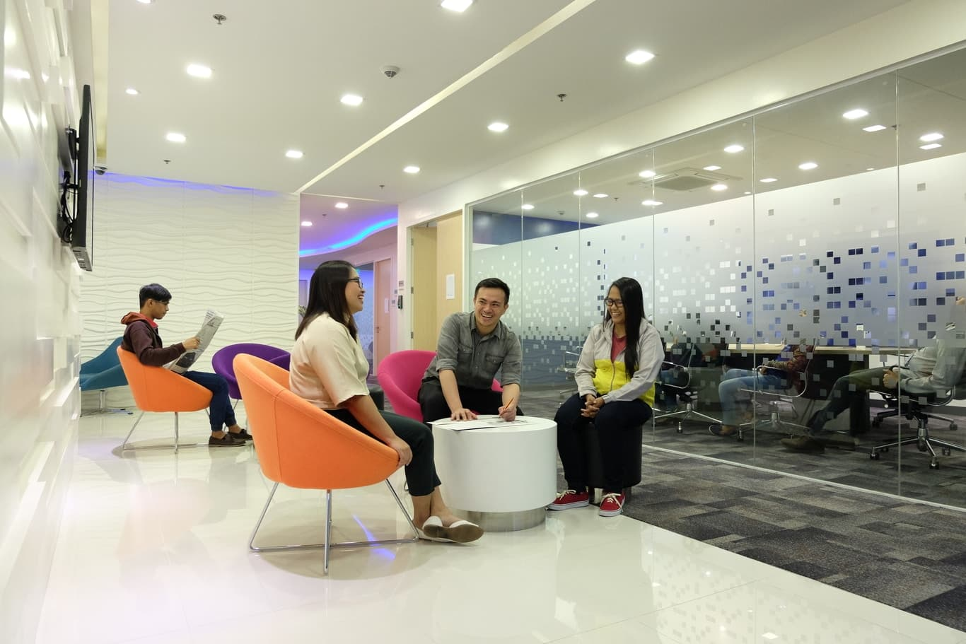 SM Aura Common Area 1.jpg