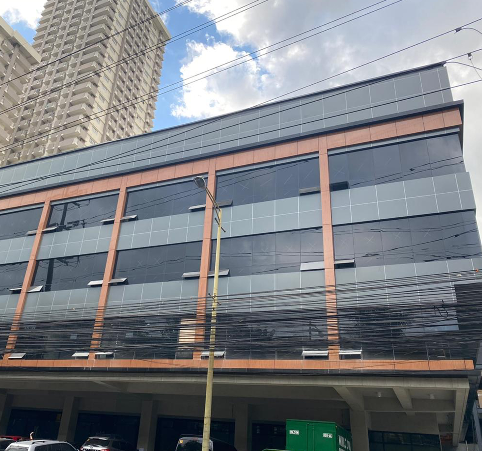 494 sqm Long-Term Office Space for Lease in KDC Plaza, Makati