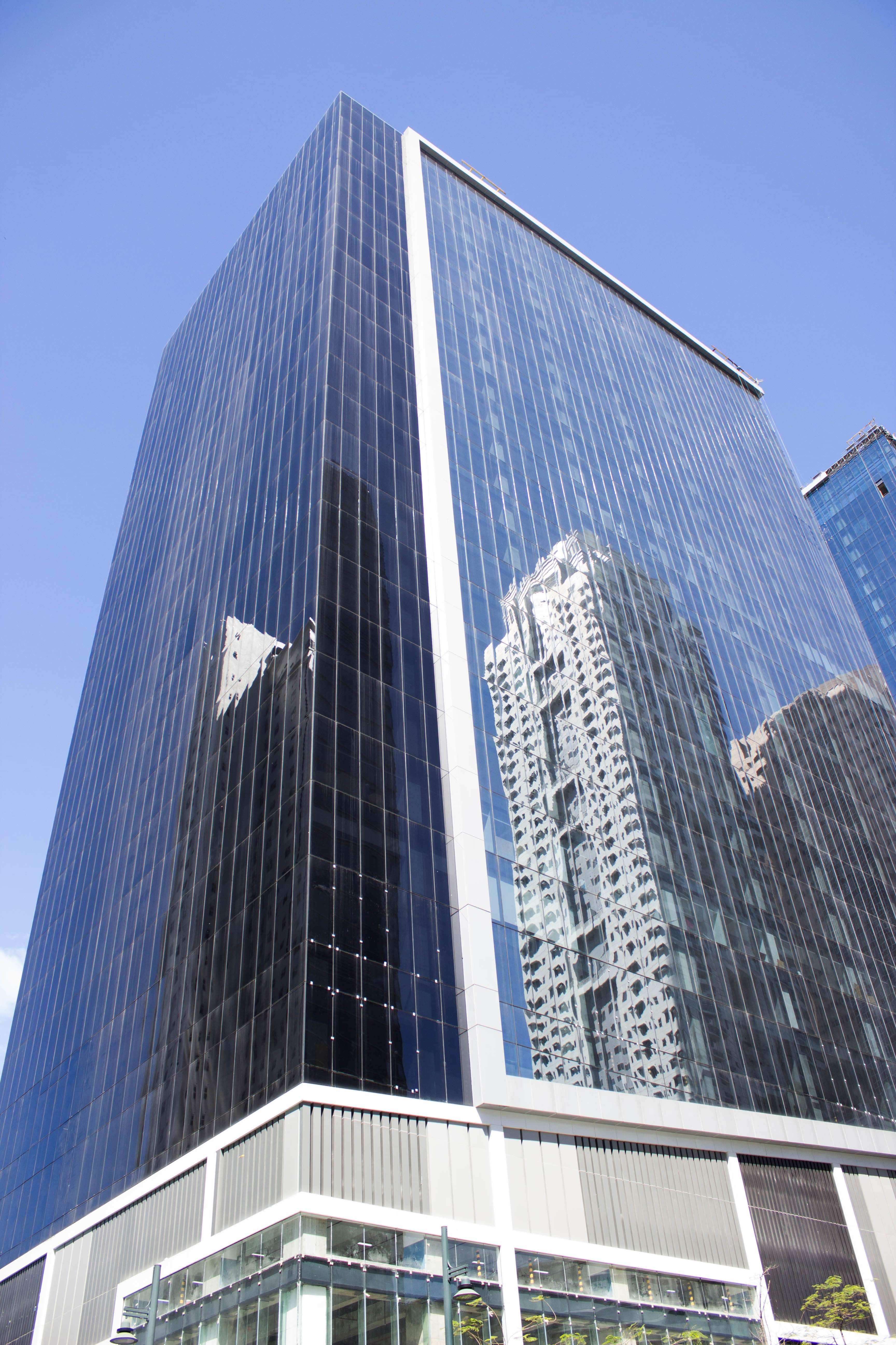 182 sqm Long-Term Office Space for Lease in High  Street South, BGC